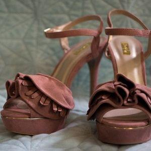 Mauve Pink Qupid Heels Size 9